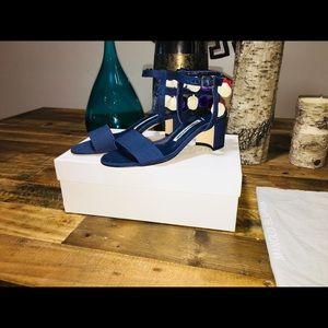 NWT Manolo Blahnic PomPom Linen Block Heel Sandals